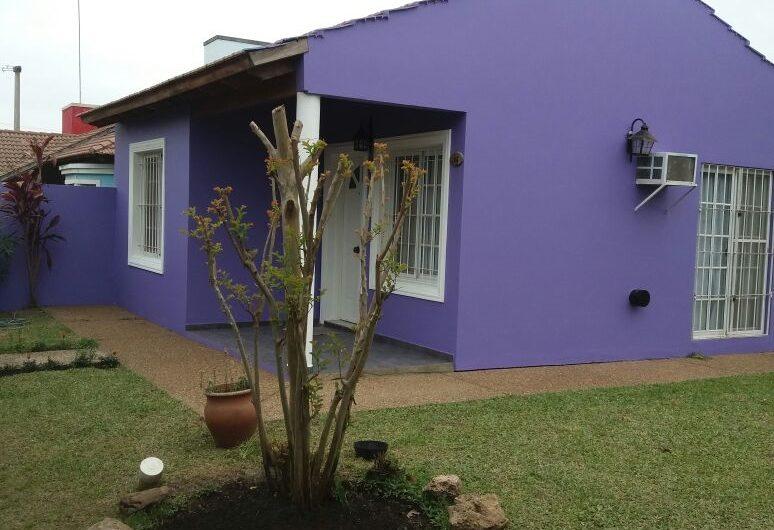 2 casas de 1 y 2 Dorm. con Pileta y amplio Parque.